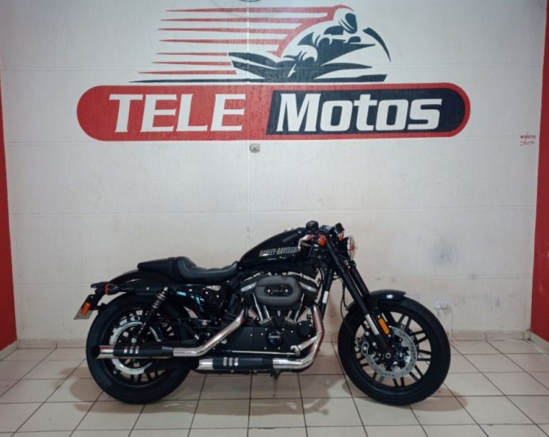 Harley-Davidson Sportster 1200 Roadster - Foto #1