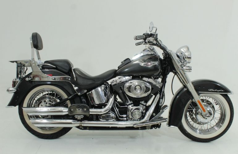 Harley-Davidson Softail Deluxe - Foto #1