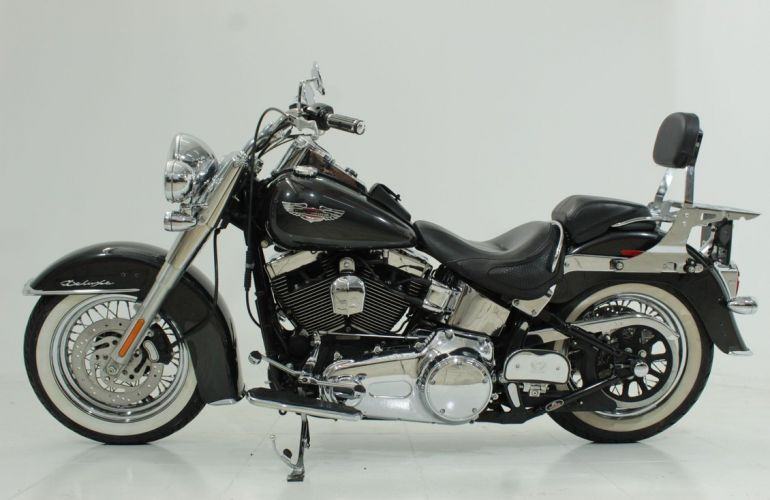 Harley-Davidson Softail Deluxe - Foto #2