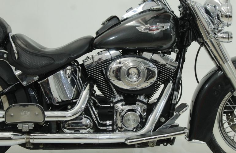 Harley-Davidson Softail Deluxe - Foto #3