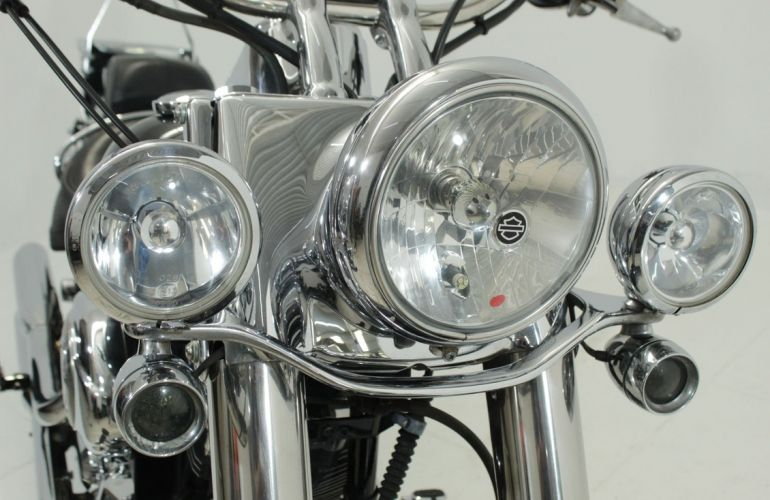 Harley-Davidson Softail Deluxe - Foto #10