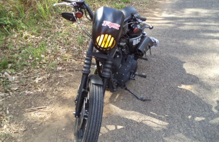 Harley-Davidson Sportster 883 Roadster