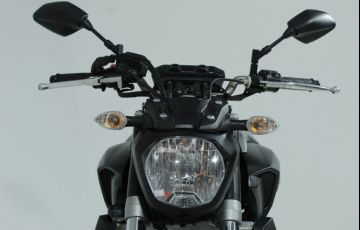 Yamaha MT 07 (ABS) - Foto #10