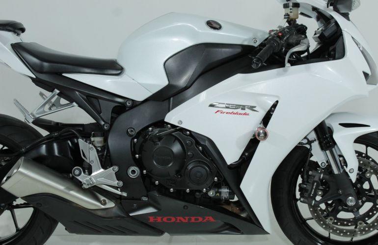 Honda Cbr 1000rr Fireblade - Foto #3