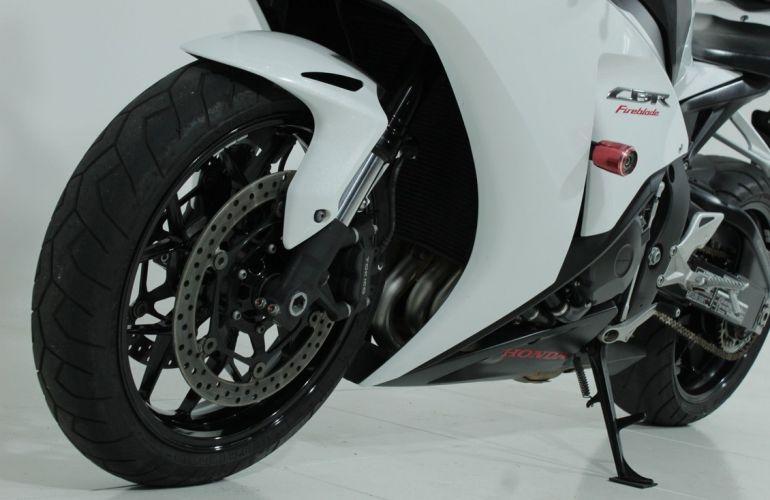 Honda Cbr 1000rr Fireblade - Foto #5