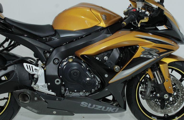 Suzuki Gsx R750 - Foto #3