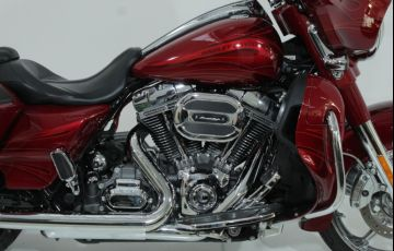 Harley-Davidson Cvo Street Glide - Foto #3
