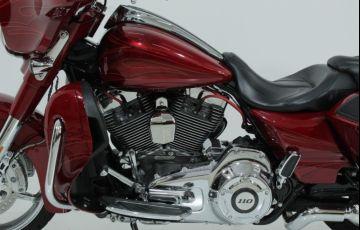 Harley-Davidson Cvo Street Glide - Foto #4