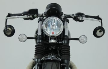 Triumph Bonneville Bobber 1200 - Foto #10