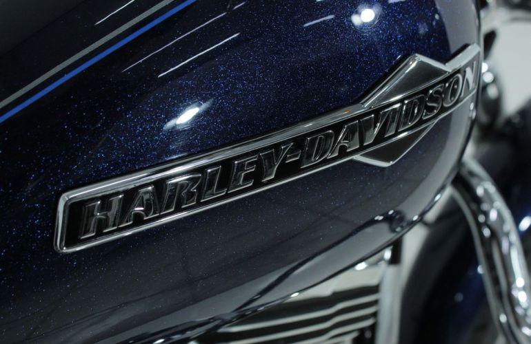 Harley-Davidson Dyna Super Glide Custom - Foto #9