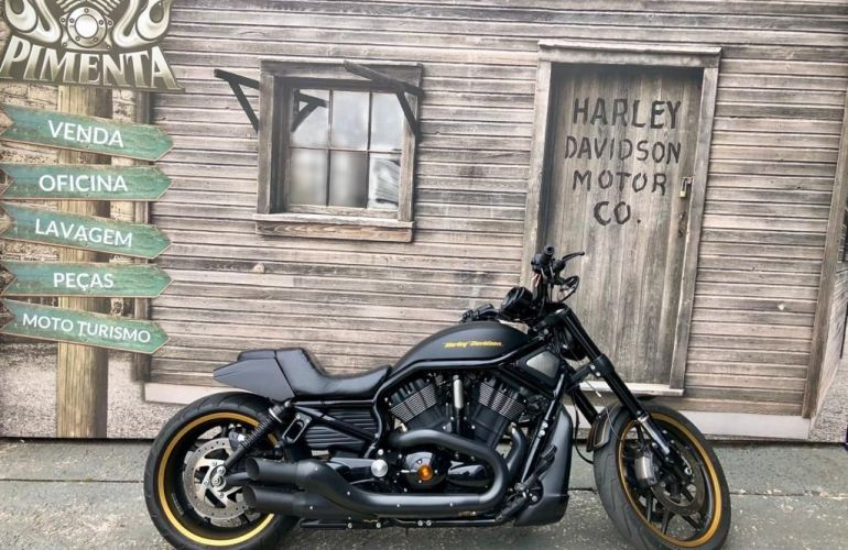 Harley-Davidson Night Rod Special - Foto #1