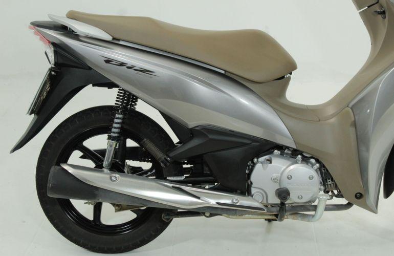 Honda Biz 125i - Foto #3