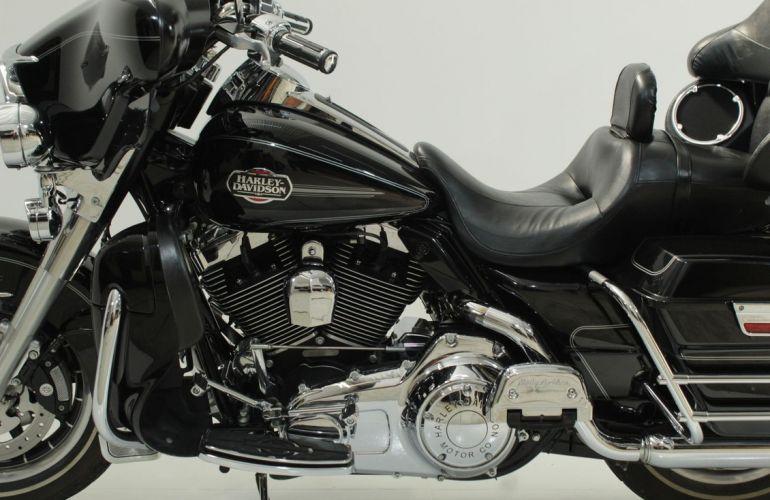 Harley-Davidson Electra Glide Ultra Classic - Foto #4
