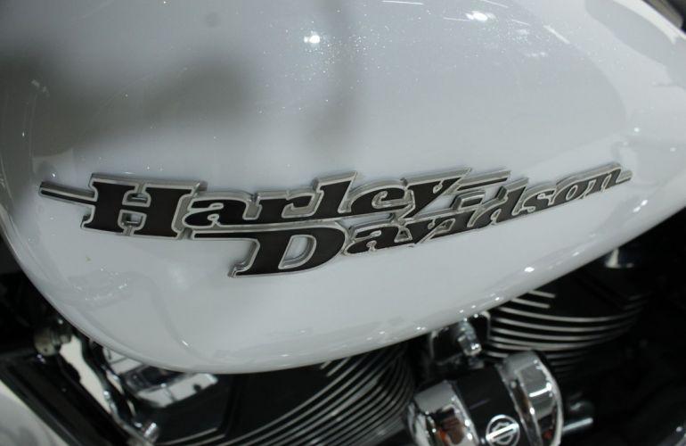 Harley-Davidson Street Glide Special - Foto #9