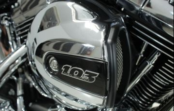 Harley-Davidson Softail Deluxe - Foto #9