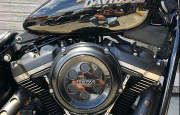 Harley-Davidson Softail Street Bob - Foto #4