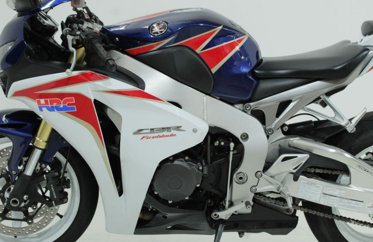 Honda Cbr 1000rr Fireblade - Foto #4