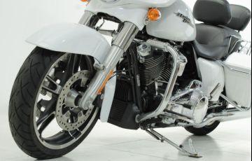 Harley-Davidson Street Glide Special - Foto #5