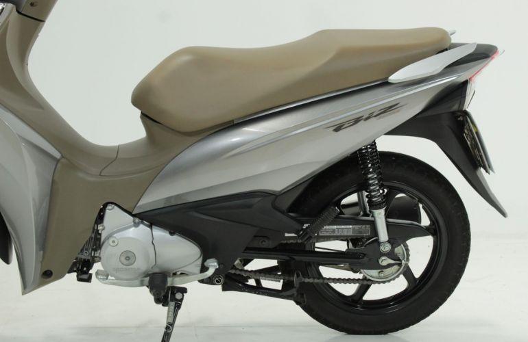 Honda Biz 125i - Foto #4