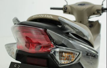 Honda Biz 125i - Foto #9