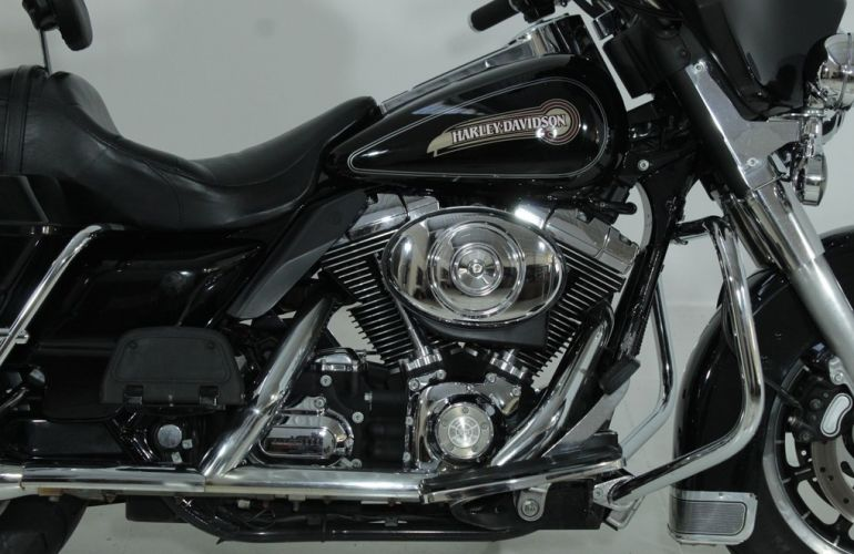 Harley-Davidson Electra Glide Classic - Foto #3
