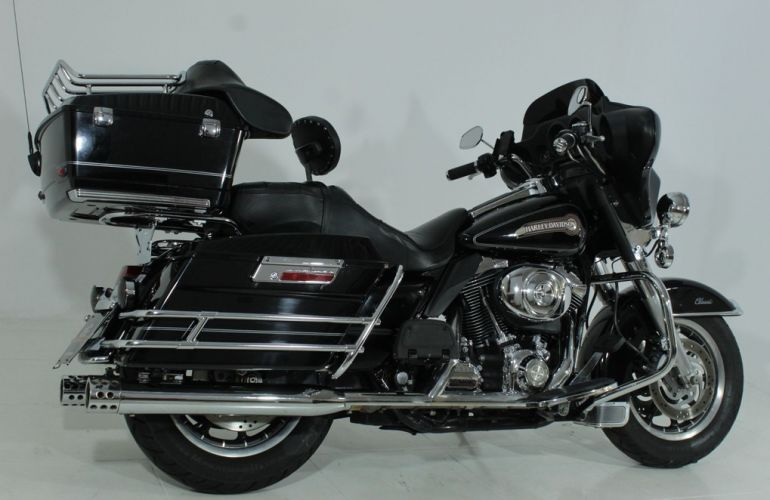 Harley-Davidson Electra Glide Classic - Foto #8