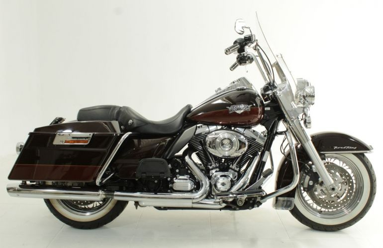 Harley-Davidson Road King Classic - Foto #1
