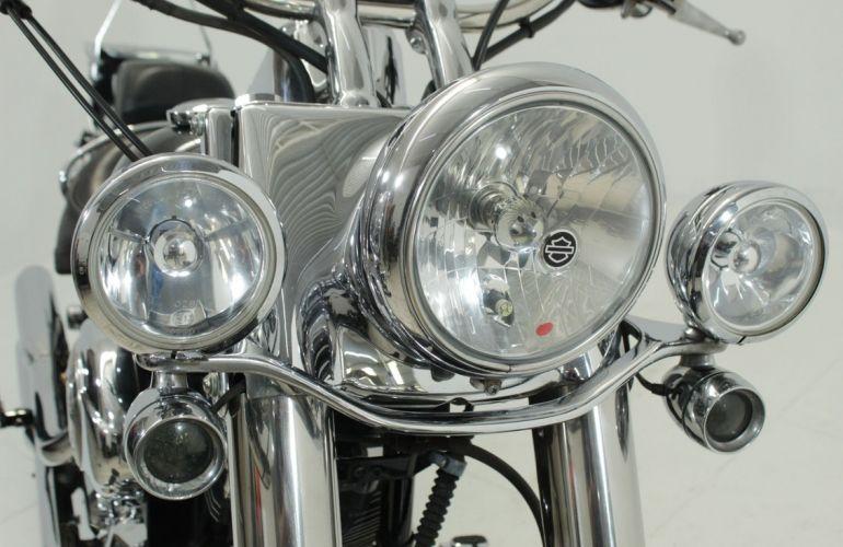 Harley-Davidson Softail Deluxe - Foto #10