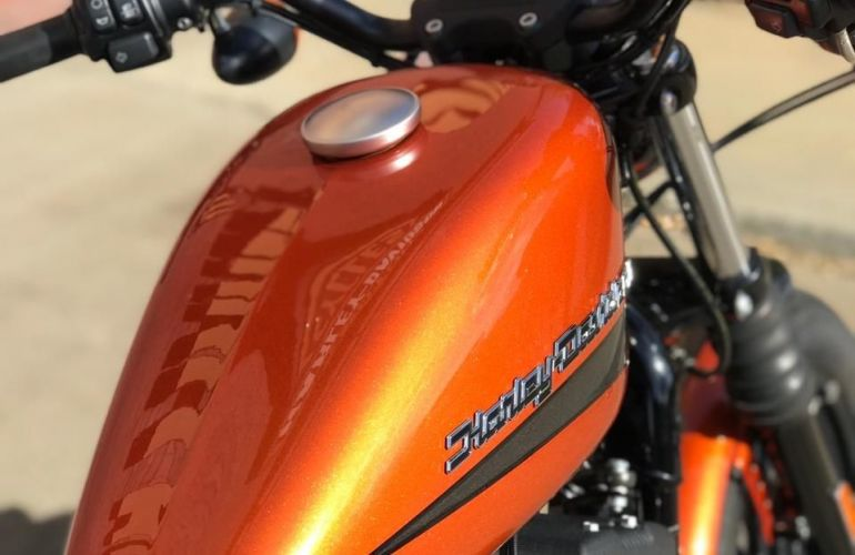 Harley-Davidson Sportster Iron 883 - Foto #7