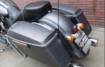 Harley-Davidson Street Glide - Foto #2