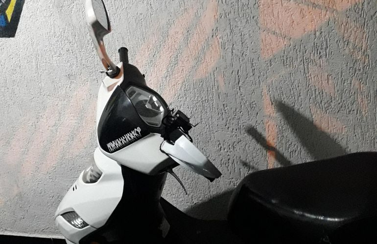 Suzuki Burgman 125i - Foto #10