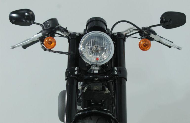 Harley-Davidson Sportster Roadster - Foto #10