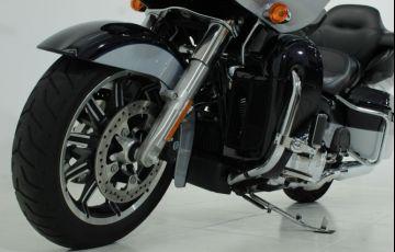 Harley-Davidson Road Glide Ultra - Foto #7