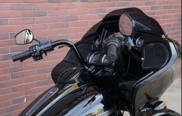 Harley-Davidson Road Glide Special - Foto #1
