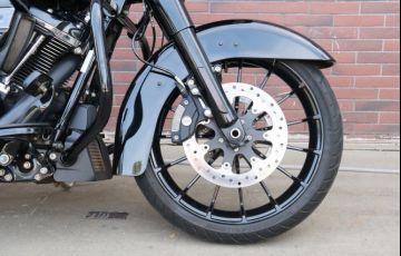 Harley-Davidson Road Glide Special - Foto #2