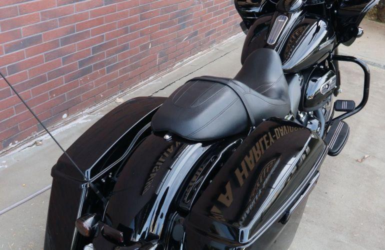 Harley-Davidson Road Glide Special - Foto #5
