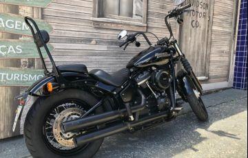 Harley-Davidson Softail Street Bob - Foto #2