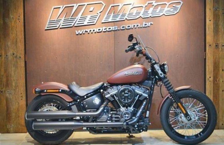 Harley-Davidson Dyna Street Bob - Foto #1