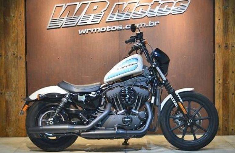 Harley-Davidson Sportster Iron 883 - Foto #1