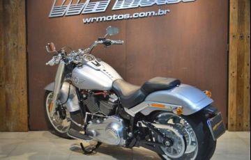 Harley-Davidson Softail Fat Boy 114 - Foto #4
