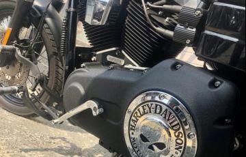 Harley-Davidson Dyna Street Bob - Foto #6