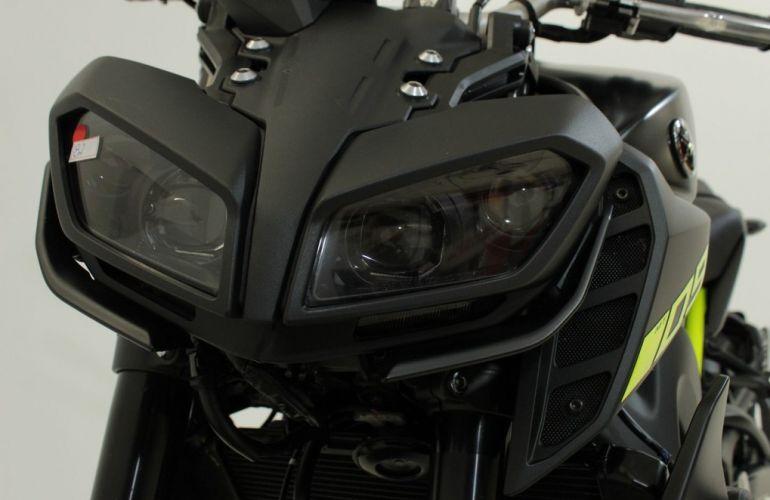Yamaha MT 09 - Foto #9