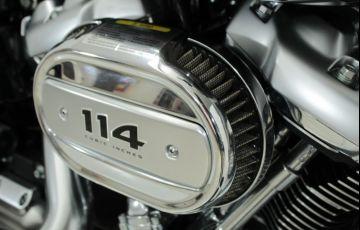 Harley-Davidson Softail Fat Boy 114 - Foto #10