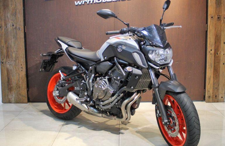 Yamaha MT 07 (ABS) - Foto #3