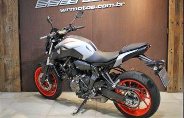 Yamaha MT 07 (ABS) - Foto #4