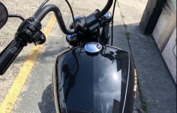 Harley-Davidson Softail Fat Bob 107 - Foto #4