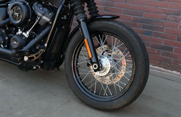 Harley-Davidson Softail Street Bob - Foto #7