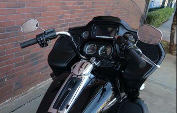 Harley-Davidson Road Glide Ultra - Foto #8