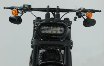 Harley-Davidson Softail Fat Bob 107 - Foto #10