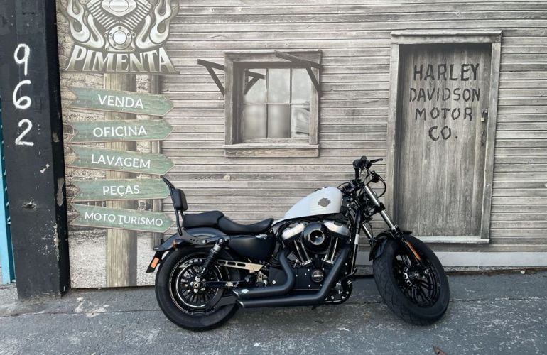 Harley-Davidson Sportster Forty-eight - Foto #1